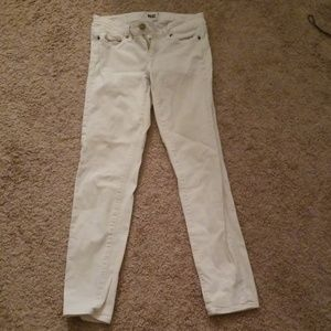 Paige white skinny, ankle Jean's!